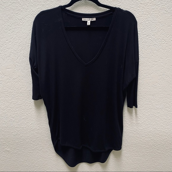 Express Tops - 🔸 2 for $20 | Deep-V London Tee